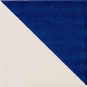 Majolica-Triangolo-tile.jpg