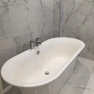 Statuario-marble-effect-porcelain-tiles-PP-opt