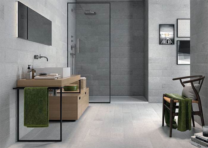 Minimal shower trays