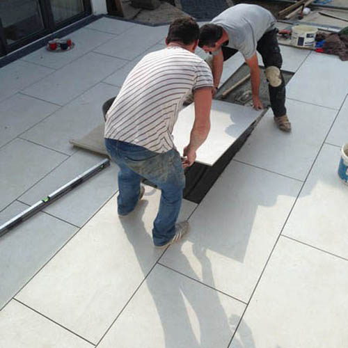 Laying porcelain tiles outside,information and details